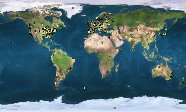 La carte des développeurs de Debian. Chaque point représente une personne participant à la création de Debian.