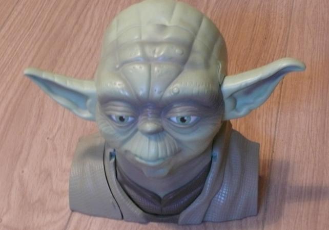 Pour reproduire cette figurine, nous utiliserons le shader spéculaire et le paramètre Hardness