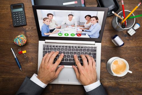 Un webinar = un séminaire sur le web