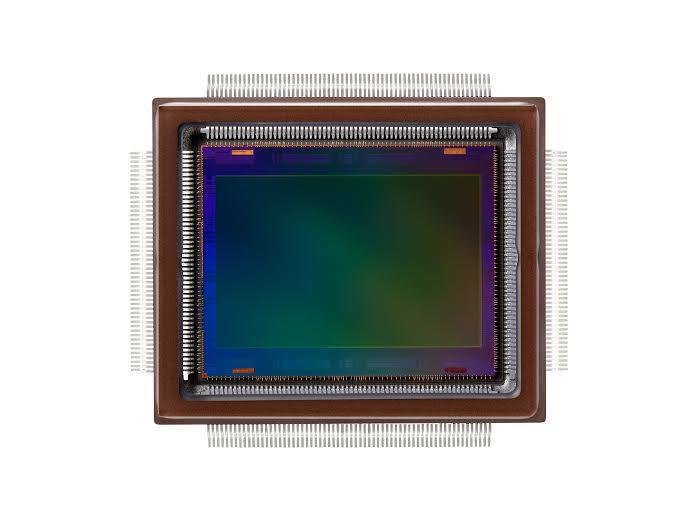Capteur Canon 250 millions de pixel (source, http://news.pixelistes.com/canon-a-reussi-a-mettre-250-millions-de-pixels-dans-un-capteur-au-format-aps-h/canon-250-mp-apsh/)