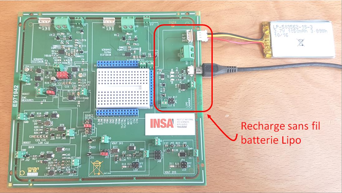 Carte électronique intégrant un chargeur de batterie Lipo par un port USB